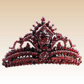 Victorian Bohemian garnet hair comb large pyrope stones hair ornament