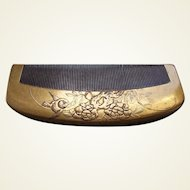 Vintage Japanese hair comb gold lacquer geisha hair accessory (ABT)