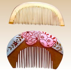 Two Japanese traditional kanzashi hair combs in coloured resin (ACC)