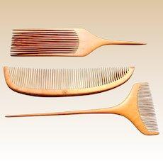Three vintage Japanese wooden tsuge kansashi hair dressing combs (ABZ)