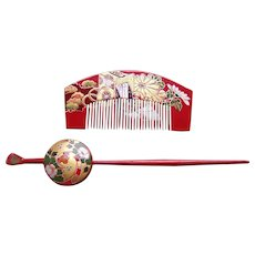 Vintage Japanese comb and hair pin set red gold lacquer (AFG)