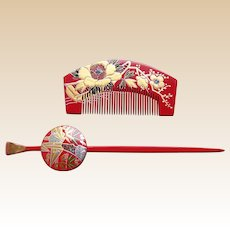 Vintage Japanese comb and hair pin set red gold lacquer hair accessories (AFH)