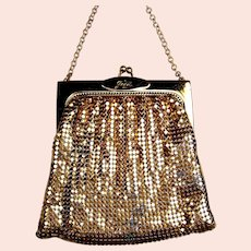 Whiting and Davis gold metallic mesh bag or evening purse (AAD)