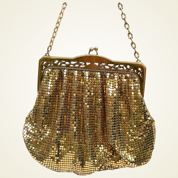Vintage Whiting And Davis Gold Metallic Mesh Bag Or Evening Purse Aag