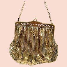 Vintage Whiting and Davis gold metallic mesh bag or evening purse (AAG)