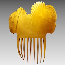 Early American hair comb clarified steer horn mantilla style hair accessory (AAC)