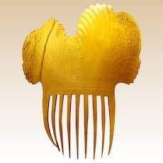 Early American hair comb clarified steer horn mantilla style hair accessory (AAC)