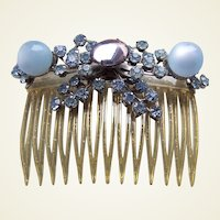 Mid century hinged hair comb Lucite cabochon hair accessory