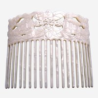 Mother of pearl effect hair comb hair accessory