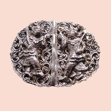 Oriental belt buckle with Thai figures silver-tone metal