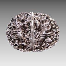 Oriental belt buckle with Thai figures silver-tone metal
