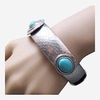 Clamper bracelet Egyptian revival style silver tone 1970s - 80s
