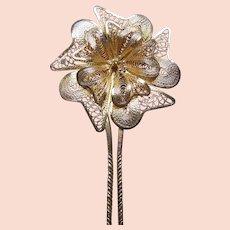 Late Victorian filigree flower hair pin hair accessory (AAJ)