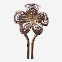 Late Victorian filigree flower hair pin hair accessory (AAS)