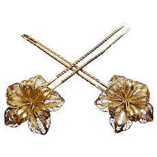 Late Victorian filigree flower hair pin hair accessory