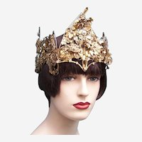 Indonesian traditional wedding headdress from Java (AAD)