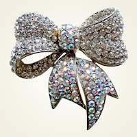 Butler and Wilson rhinestone brooch clear bow shape