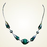 Art Deco machine age style necklace chrome green beads (AAK)