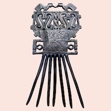 Ethnic Indonesia hair comb Timor Island carved wooden hair ornament