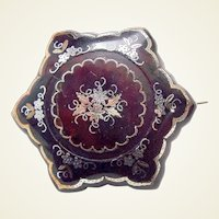 Victorian tortoiseshell brooch with pique inlay