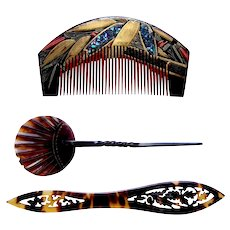 Japanese lacquer hair comb with kanzashi hair accessories