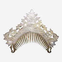 Ceremonial tiara comb Sumatra Indonesia, gilded repousee brass headdress