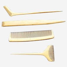 Four vintage Japanese boxwood hair dressing combs traditional vanity combs