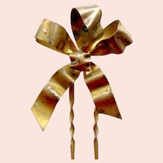 Late Victorian hair comb metal bow style hair ornament
