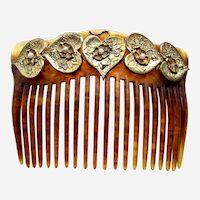 Late Victorian hair comb with gold tone hearts design