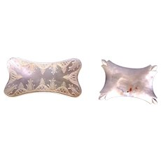Two antique engraved Chinese mother of pearl thread winders (AAA)
