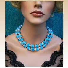 Vintage multistrand necklace, blue and white Lucite beads (AFD)