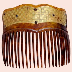 Victorian gilded hair comb with chequered design hair slide