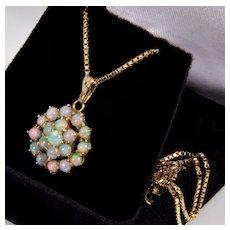 Vintage 14K Natural Australian Opal Pendant Chain Necklace
