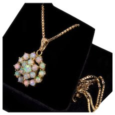 Vintage 14K Natural Australian Opal Pendant Chain Necklace