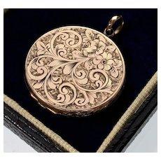 Antique Victorian 9K Gold Engraved Locket Pendant 002319