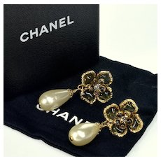 Chanel Iconic Camélia Gripoix Glass Earrings Box Bag Authentic