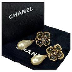 Chanel Iconic Camélia Gripoix Glass Earrings Box Bag Authentic