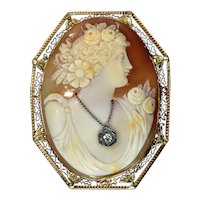 Edwardian Italian 14K Yellow Gold Large Carved Shell Cameo Habille Brooch Pendant
