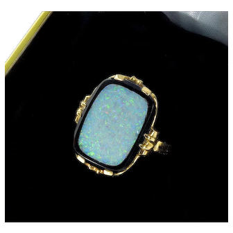 Antique Victorian 14K Gold Australian Opal Inlay In Black Onyx Ring C. 1860 - 1900 Size 5 1/2