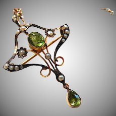 Edwardian 9K Peridot Pendant 9C Art Nouveau Rose Gold