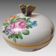 Herend Porcelain Hand Painted Round Trinket Or Bonbon With Butterfly On Lid