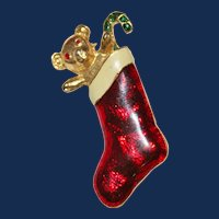 Vintage Unsigned Christmas Stocking Brooch 10kt Gold Plate