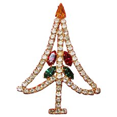 Vintage Unsigned Rhinestone Christmas Tree Brooch 12kt Gold Plate