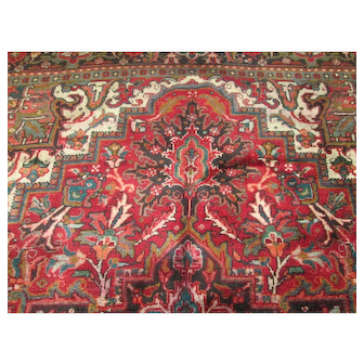 """Beautiful Handmade Persian Heriz Oriental Rug, approx. 10'4""""'x 8' vegetable dyes, wool on cotton foundation"""