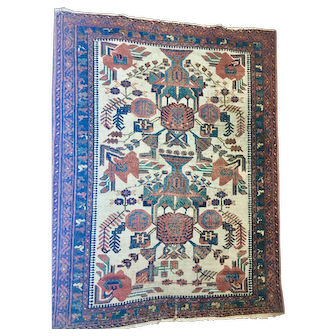 Beautiful Persian Handmade Oriental Rug of wool on cotton foundation Cream Field, Open Design soft colors very good condition