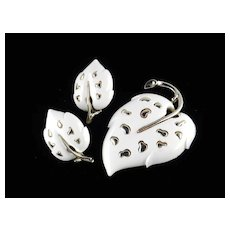 Sarah Coventry White Velvet Leaf Brooch Earrings Demi Parure Set
