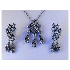 Tortolani Pendant Necklace Dangle Earrings Demi Parure Set