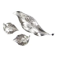 Trifari Lacy Leaf Brooch Pin Earrings Demi Parure Set