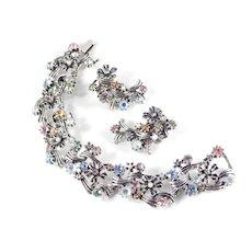 Rhinestone Faux Pearl Flower Link Bracelet Climber Earrings Set