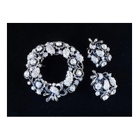 Hollycraft 1953 Rhinestone Brooch Pin Earrings Demi Parure Set